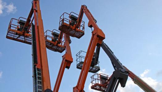 Addetto piattaforme elevabili e carrelli elevatori